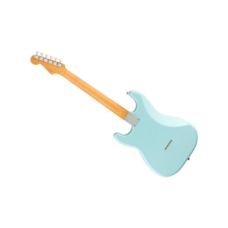 Fender Noventa Stratocaster Maple Fingerboard Daphne Blue